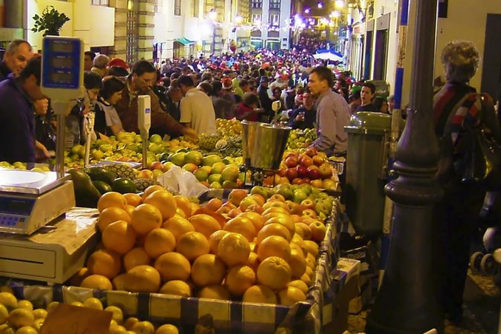 NIGHT AT THE MARKET